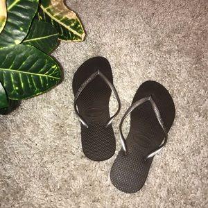 •Havaianas• Flip Flops